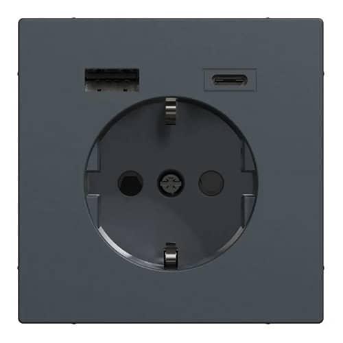 USB Stopcontact Systeem Design innovatie voor thuiskantoor